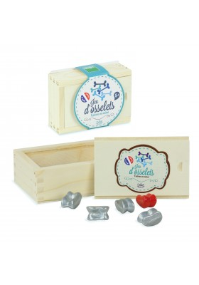 Knucklebones box