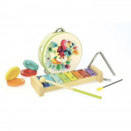 Woodland musical instruments set